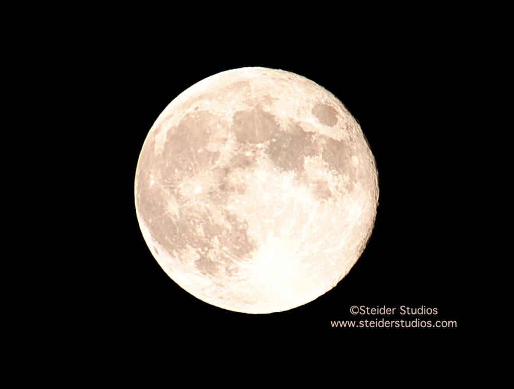 Steider Studios:  Harvest Moon,  9.19.13